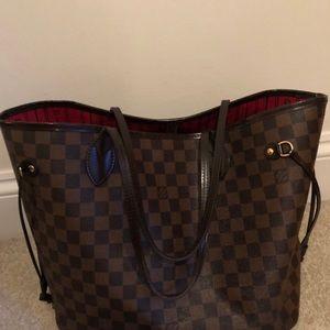 Louis Vuitton never full set
